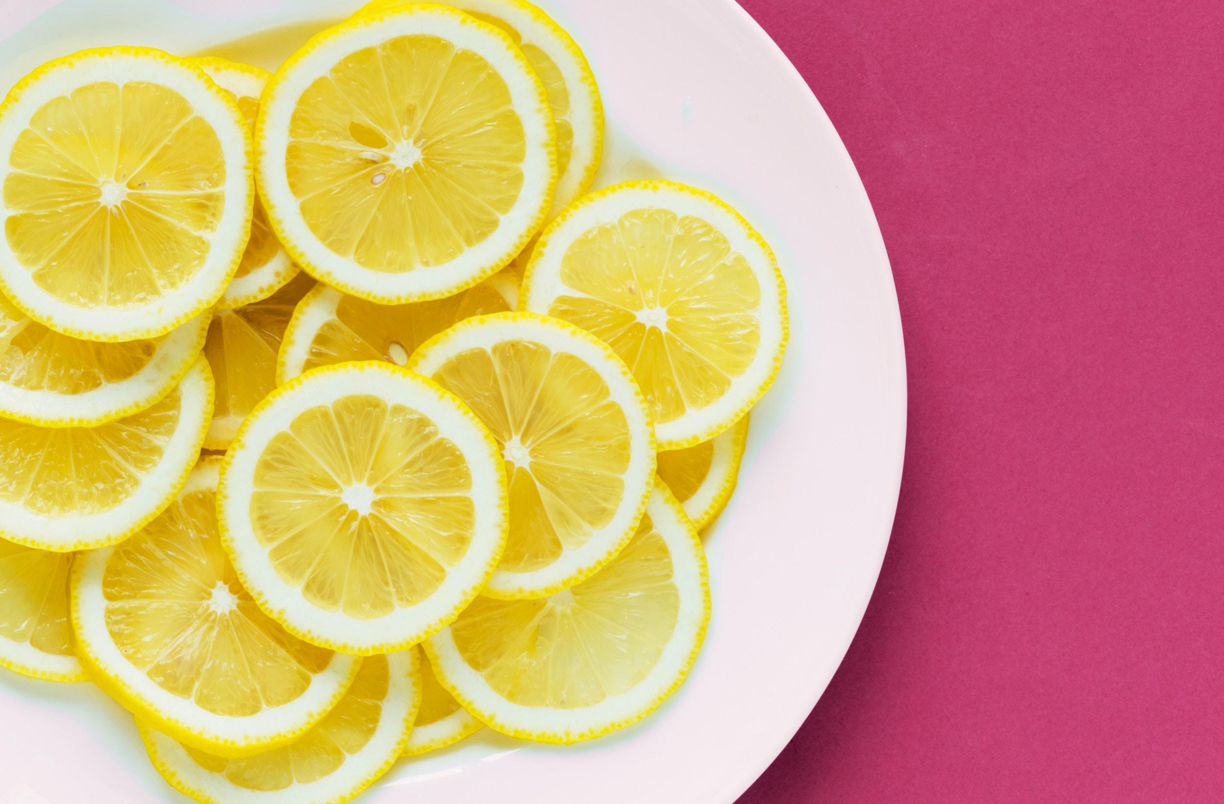 Tre lækre desserter med citron
